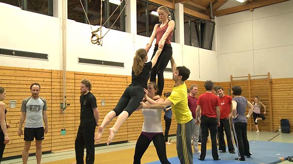 alma_120_akrobatik.jpg