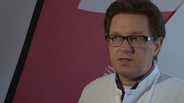 dr. markus umhau leiter blutspendezentrale.jpg
